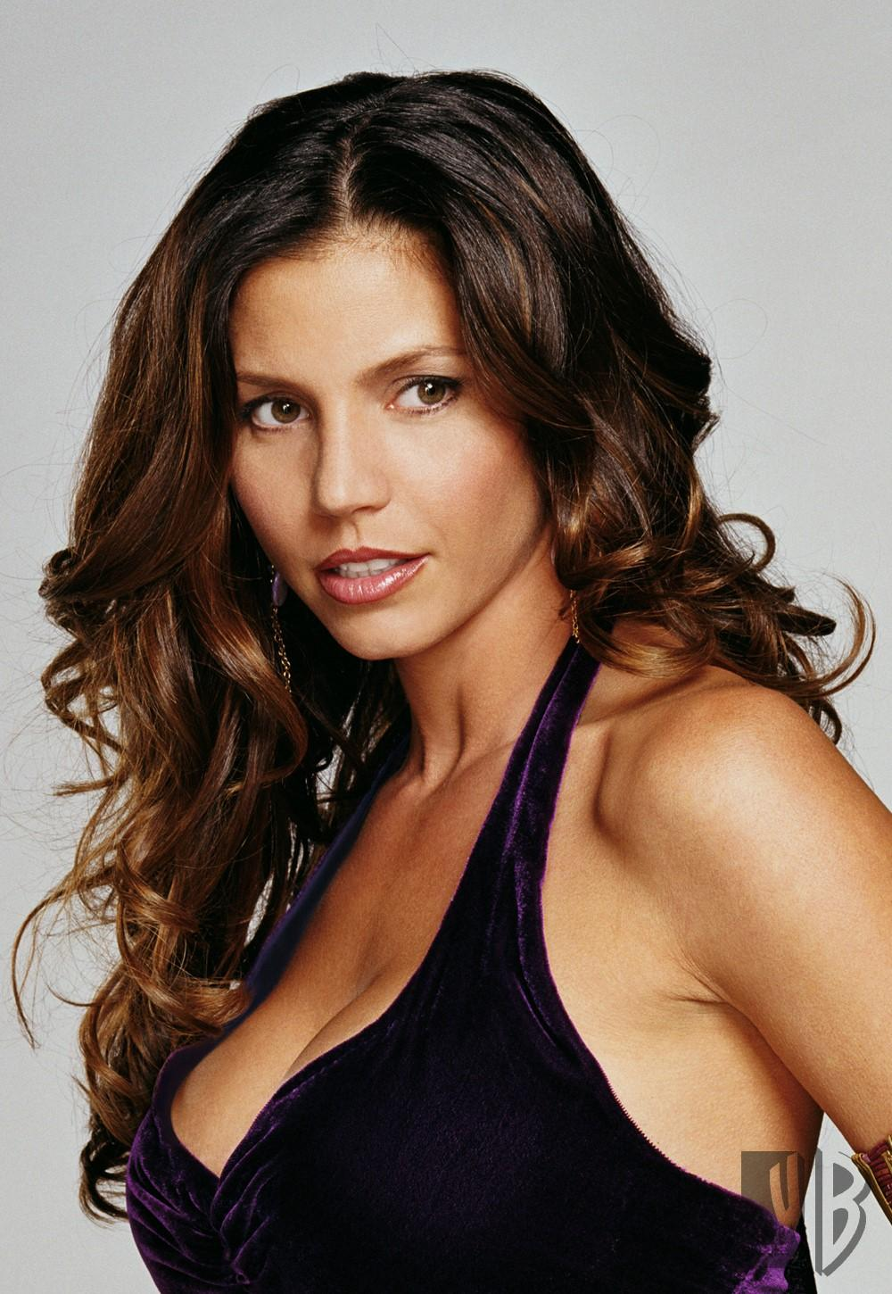 Photos Charisma Carpenter nude (88 photos), Sexy, Bikini, Twitter, braless 2018